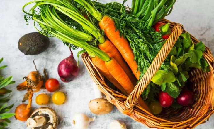 Cultiva tus propios vegetales y frutas en casa